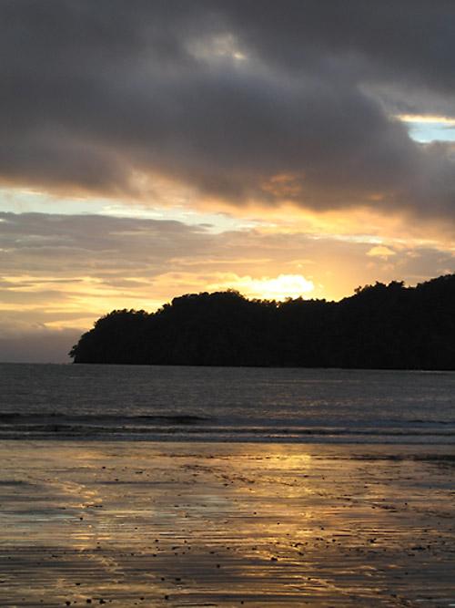 sunrise in Curú